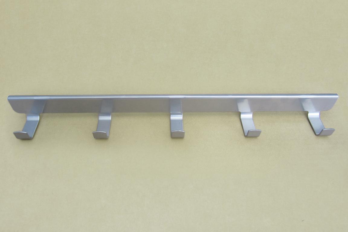 Боковые крючки (5) 40 см., платина
