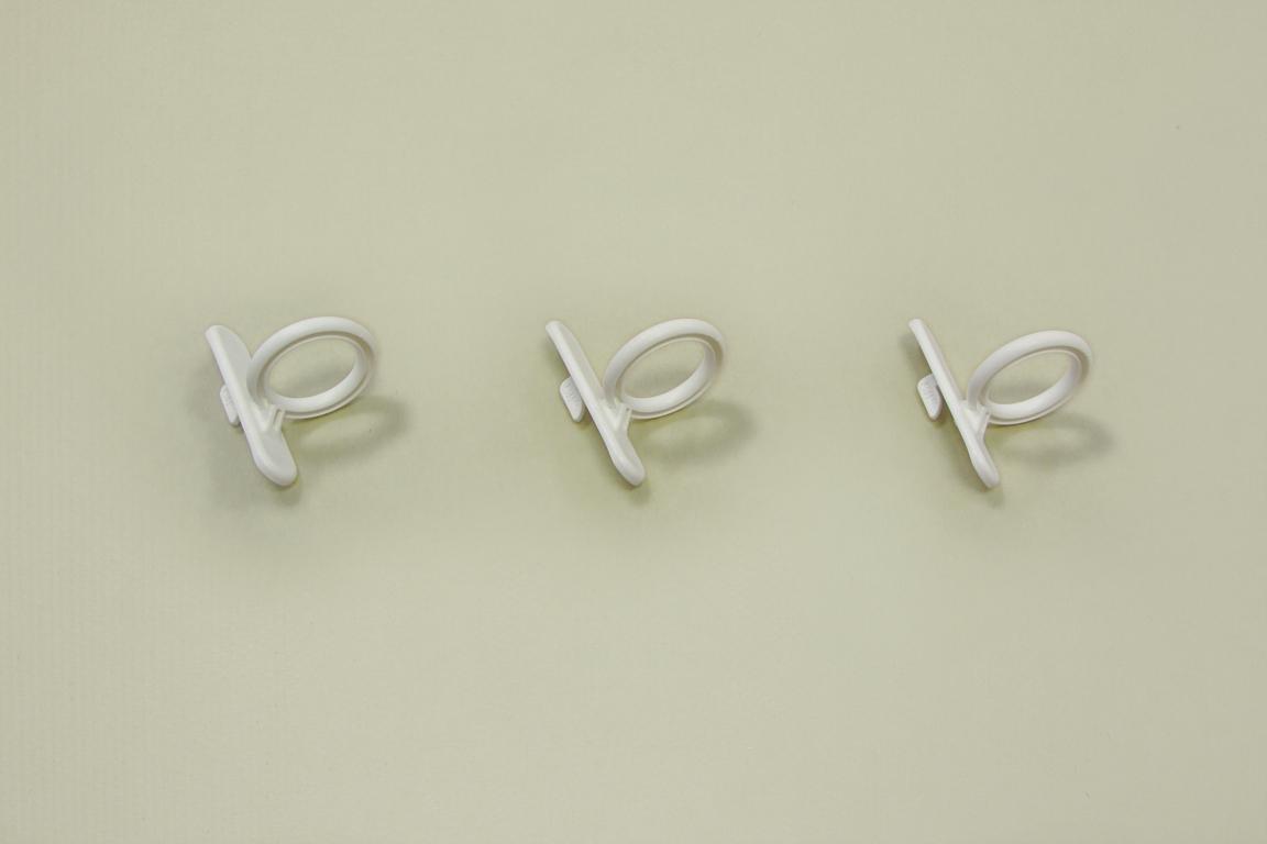 Крючок кольцевой для перфорированной панели (3шт/уп), белый