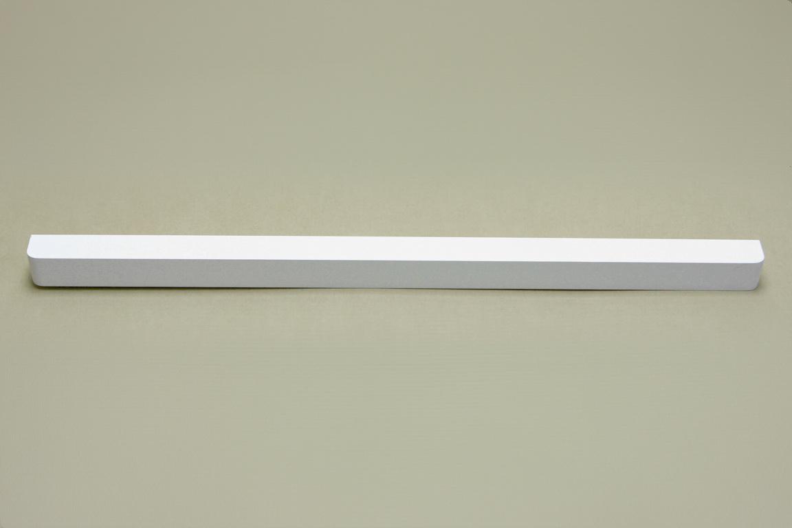 Планка декоративная для полки 60 см, белый